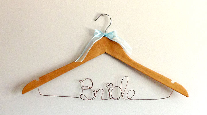 diy_bridal_hanger07