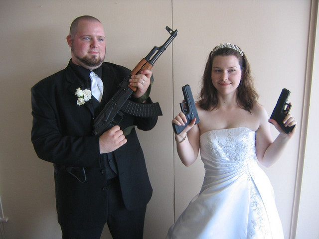 gun_wedding07