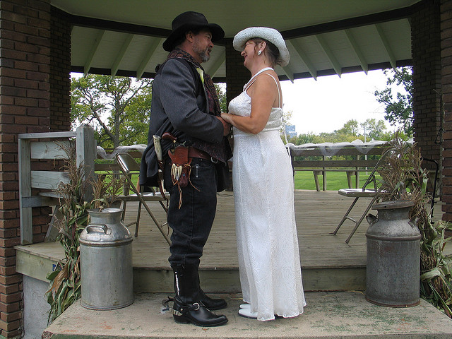 gun_wedding10