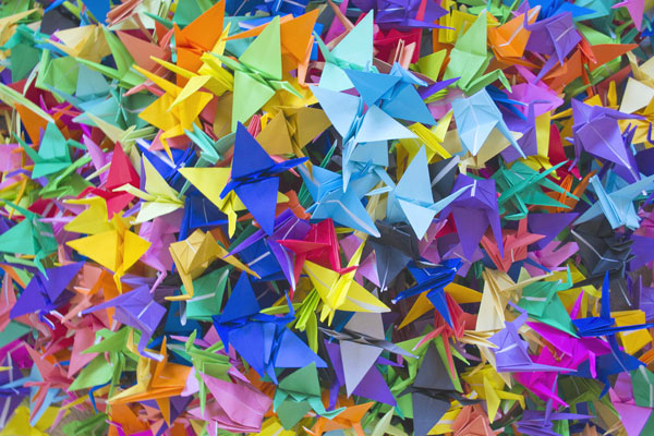 throwing_paper_crane